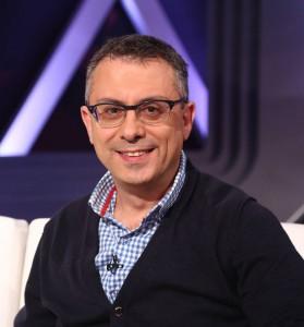 الكاتب والاديب سمير فرحات