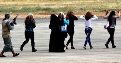 الايزيديات في قبضة داعش