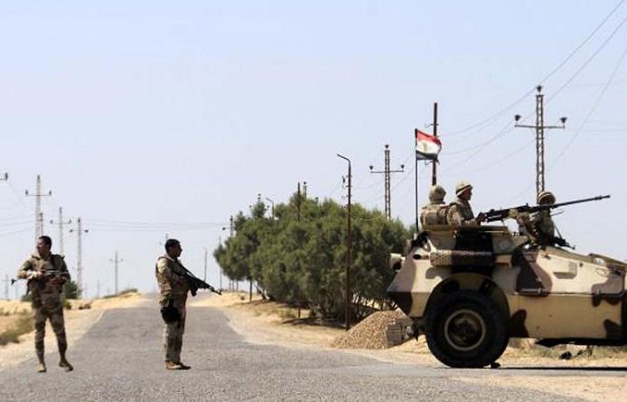 مصرع ضابط ومجند إثر انفجار في سيناء