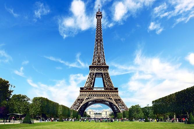 برج ايفل وعظمة خلق الله