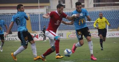صورة من مباراة الأهلي والمحلة