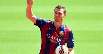 عن مدافع فريق برشلونة الإسباني توماس فيرمالين