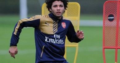 محمد النني لاعب آرسنال الإنجليزي