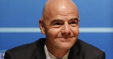 جياني إنفانتينو الامين العام للاتحاد الاوروبي لكرة القدم