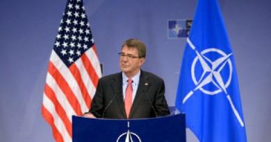 وزير الدفاع الأمريكي آشتون كارتر