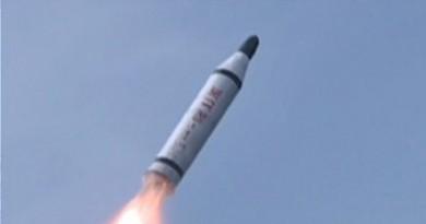 كوريا الشمالية تطلق صاروخين بالستيين قصيري المدى نحو البحر الشرقي