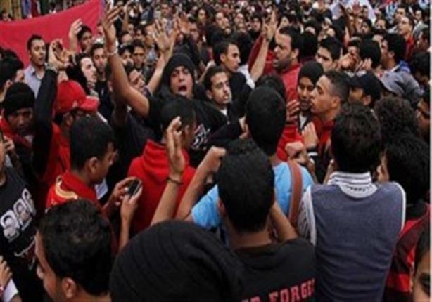 سفير مصر في أنجولا يعرب عن استياءه من تصرفات أعضاء «أولتراس أهلاوي»