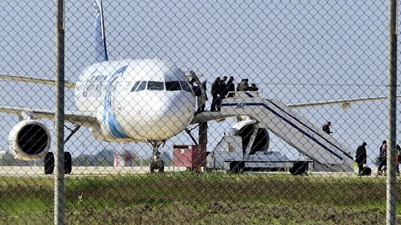 دميتري بيسكوف: الحديث عن تأثير خطف الطائرة المصرية على استئناف الرحلات سابق لأوانه