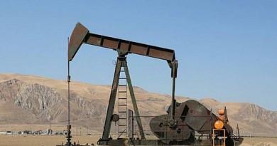 النفط يقفز مع صعود اليوان لأعلى مستوى في 2016