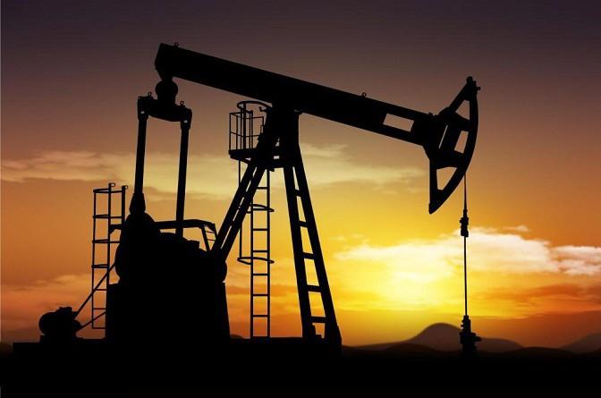 النفط يرتفع بعد صدور تقرير متفائل من وكالة الطاقة