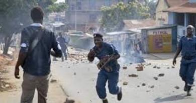"""رؤساء الدول الإفريقية يدعون إلى """"حوار دون شروط مسبقة"""" في بوروندي"""