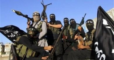 """محللون: """"داعش"""" سرب أسماء مجنديه عمدًا ليمنع انشقاقهم وعودتهم"""