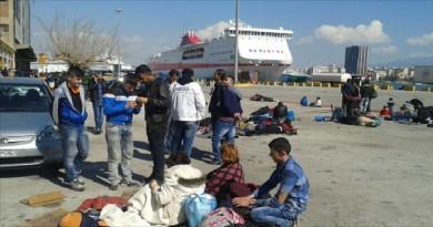 مليون لاجئ عبروا إلى اليونان منذ مطلع 2015