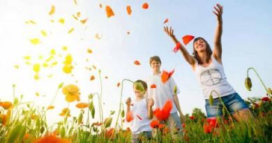 دراسة: مشاعر السعادة تزيد في العقد السابع من العمر