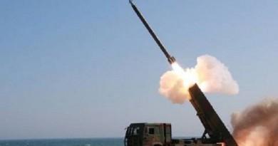 """خبير كوري جنوبي: بيونج يانج قادرة على تحميل صاروخ """"سكود"""" رؤوسا نووية"""