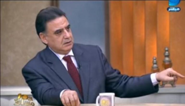 د . عمرو عبد الفتاح حول موقعة صنافير وتيران : غباء سياسي منقطع النظير
