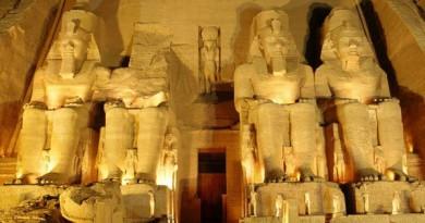 معبد الكرنك يستقبل 600 سائحا