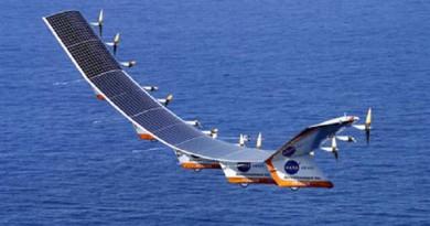 """طائرة الطاقة الشمسية """"إمبالس 2"""" تهبط في كاليفورنيا"""