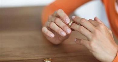 احتجاجات نسائية في غزة على قرار يتيح للزوج تطليق زوجته النكدية