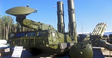 إيران تتسلم صواريخ إس -300 خلال أيام