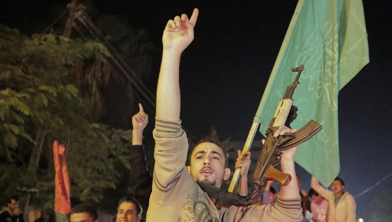 القسام تكشف عن صور 4 جنود إسرائيليين أسرى لديها