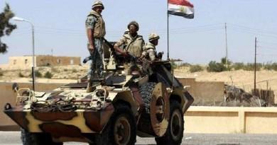 استشهاد ضابط وخمسة جنود في تفجير مدرعتين بسيناء