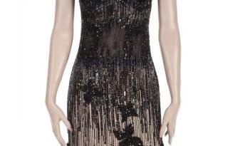 فستان ارتدته الممثلة مارلين مونرو في فيلم (البعض يفضلونها ساخنة)