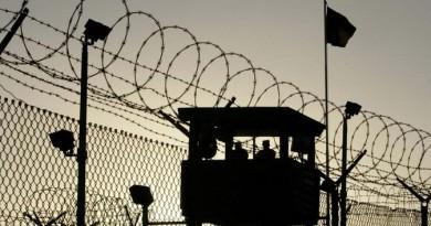 أصغر سجين في جوانتانامو يخطب حقوقية عملت على إطلاق سراحه