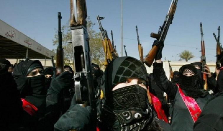"""""""ذا تايمز"""": """"داعش"""" يبني جيشًا من السيدات في ليبيا"""