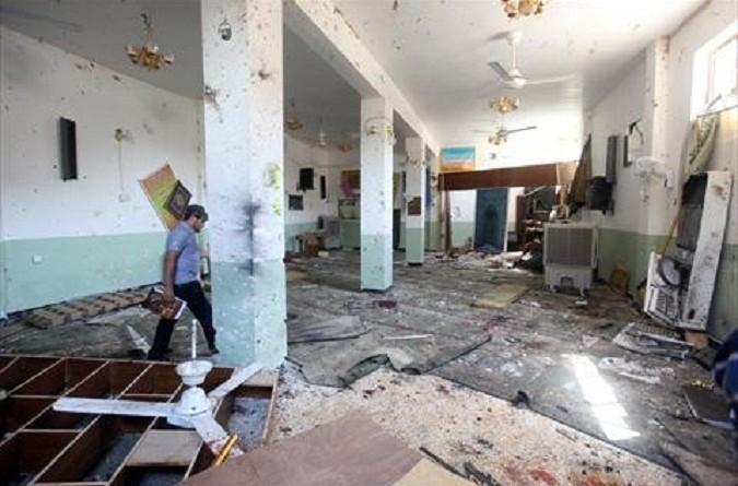 مقتل تسعة أشخاص في هجوم انتحاري بمسجد ببغداد