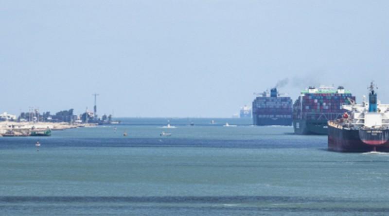 الصين تنصح سفنها بتجنب قناة السويس بعد ظهور طريق بديل