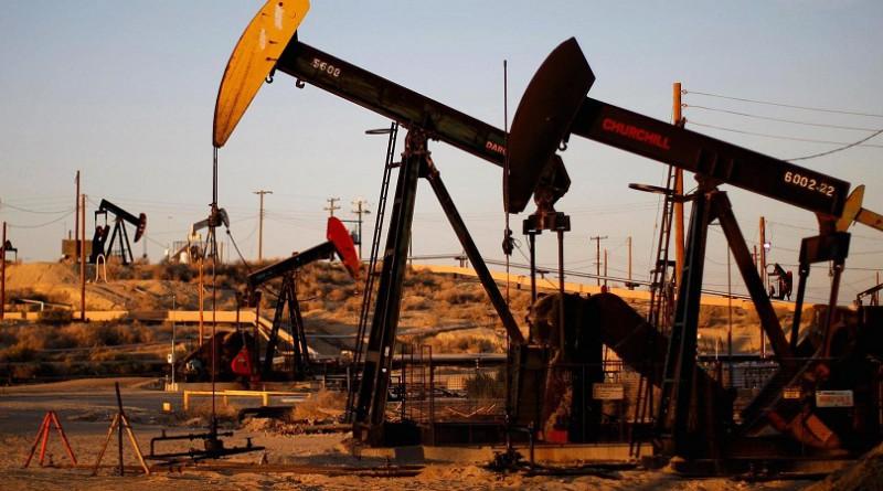 النفط يرتفع في العقود الآجلة