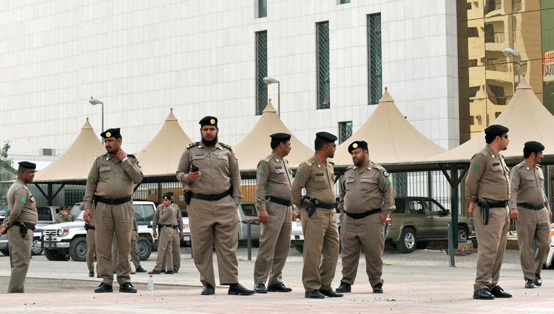 وكالة: مقتل رجل أمن سعودي في معركة مع مسلحين بالطائف