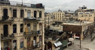 مسلحون يقصفون حلب بسلاح كيميائي