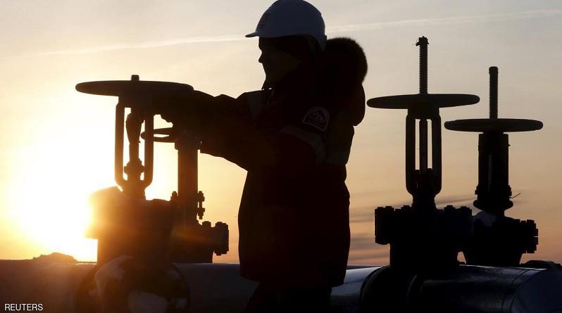 تقرير: اكتشافات النفط تهوي لأقل مستوى منذ 1952