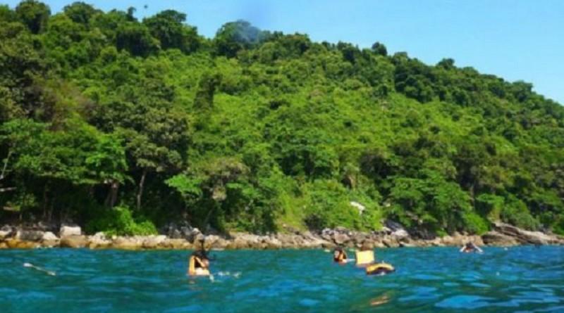 تايلاند تغلق إحدى جزرها بسبب زيادة الإقبال السياحي