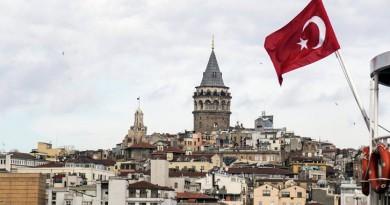 البرلمان التركي يشهد شجار عنيف بين النواب