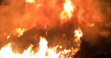 """عاجل : مدني الرياض يباشر حريقاً في مخلفات بـ""""المربع"""""""
