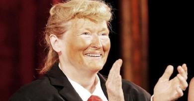 ممثلة أمريكية تتحول إلى دونالد ترامب