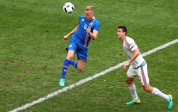 المجر تخطف تعادل ثمينًا في الدقائق الأخير أمام أيسلندا في اليورو (صور)