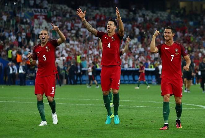 الركلات الترجيح تنهي مغامرة بولندا أمام البرتغال في اليورو (صور)