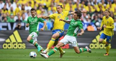 في اليورو.. السويد تتعادل مع إيرلندا (صور)
