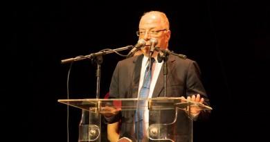 الكاتب حلمى النمنم وزير الثقافة يفتتح فعاليات مهرجان المسرح القومى التاسع
