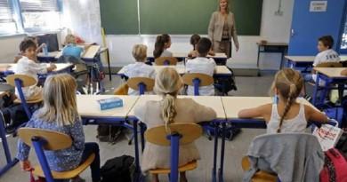 فرنسا تعتمد اللغة العربية رسميا في المدارس