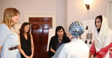 سمو الشيخة جواهر القاسمي، وسعادة أميرة بن كرم مع ممثليين آسبري لندن