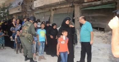"""""""سانا"""": خروج عشرات المدنيين من أحياء حلب"""