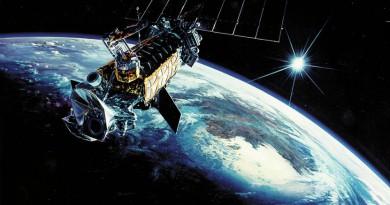 """مستشار """"الفضاء الروسية"""": القمر المصري الجديد مدني لخدمة الصناعة والبحث العلمي"""