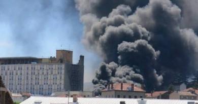 فرنسا.. انفجار في مخزن ذخائر