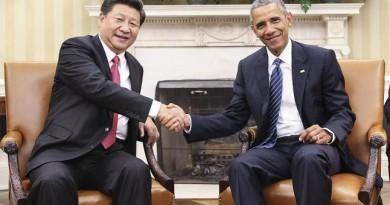 الرئيس الأمريكي باراك أوباما ونظيره الصيني شي جين بينج