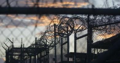 سجن جوانتانامو الأمريكي